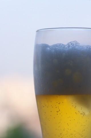 母乳に ノンアルコールのビールの影響はどうでるのか