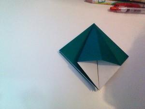 クリスマスツリー折り紙2