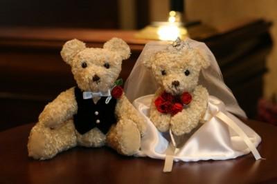 結婚式の受付を頼む人がいない?家族に頼むのはダメ?お礼の仕方
